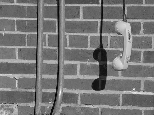 phone ปัจจัยที่มีผลต่อคุณภาพในการเชื่อมต่ออินเตอร์เน็ต
